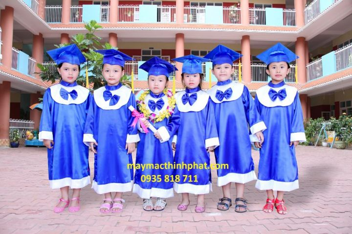Áo tốt nghiệp cho học sinh mần non